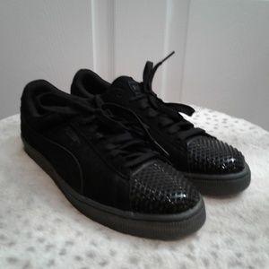 Black Suede Puma Shoes NWOT